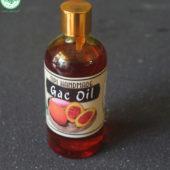 Sử dụng dầu gấc nguyên chất mỗi ngày giúp da sáng hồng